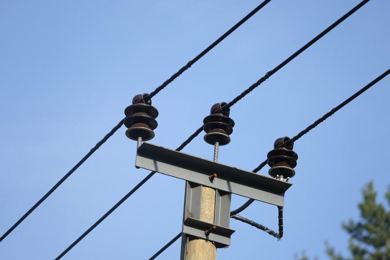 Służebność przesyłu, aodszkodowanie zasłupy energetyczne